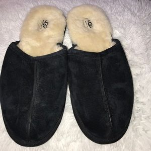 AUTHENTIC UGG SLIPPERS SIZE MEN 12